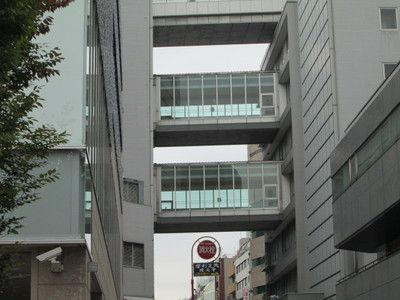 上野松坂屋連絡通路1